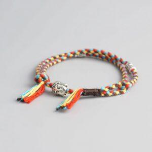 Bracelet bouddhiste tressé – multicolore