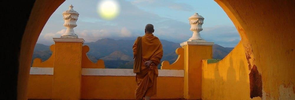 10 preceptes bouddhiste