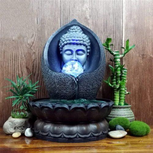 Fontaine Bouddha avec boule