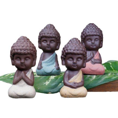 Statue moine bouddhiste