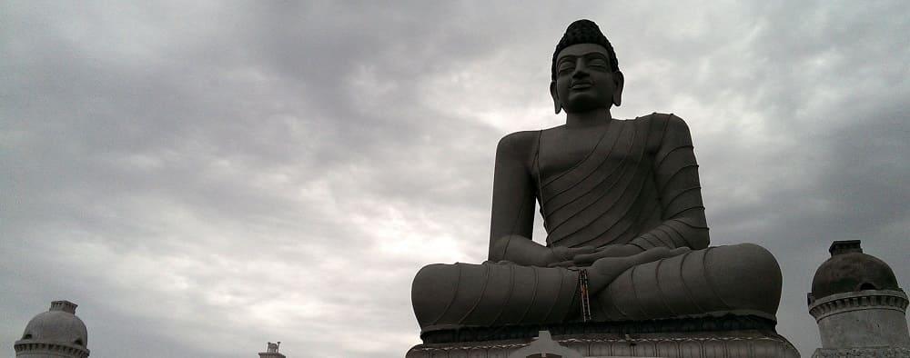 statue dhyana