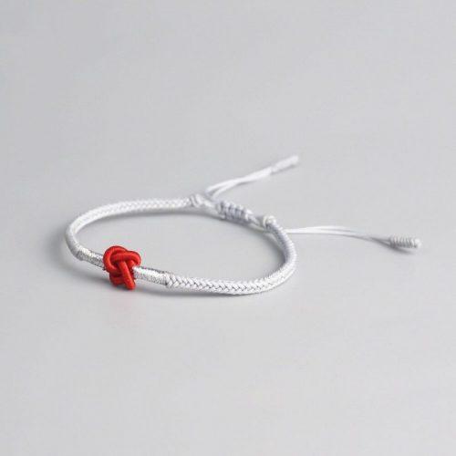 Nœud bracelet bouddhiste