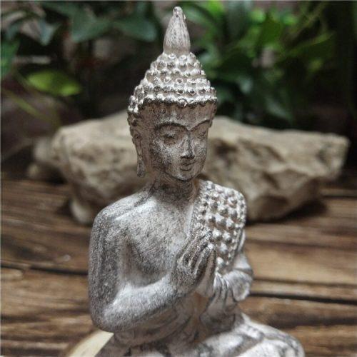 Statue Bouddha jardin zen